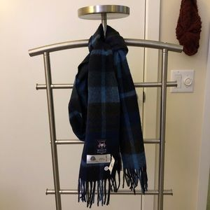 NWT J. Crew Black and Blue Merino Wool Scarf